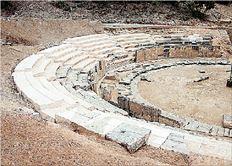 Νέες μαρμάρινες κερκίδες άρχισε να αποκτά το ημι-αποκατεστημένο αρχαίο θέατρο της Μαρώνειας στον Νομό Ροδόπης