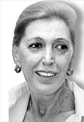 Η πρώτη διδάξασα Ντίνα  Κώνστα θα είναι η  «Μητέρα»
