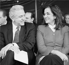 Μπακογιάννη- Αβραμόπουλος: ζορισμένα χαμόγελα...