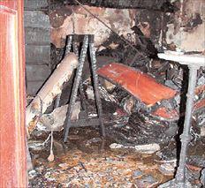 ▅ Από τη φωτιά στην Εβραϊκή Συναγωγή Ετς Χαγίμ  στην παλιά πόλη των Χανίων καταστράφηκαν  σπάνια βιβλία και αρχειακό υλικό