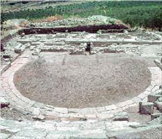 Εντυπωσιακό το θέατρο των  Φθιωτίδων Θηβών, της πόλης που  καταστράφηκε το 217 π.Χ. από  τον Φίλιππο Ε΄, θα γίνει  επισκέψιμο εν όψει των  Μεσογειακών Αγώνων
