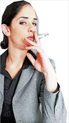 Από τρίτο χέρι. Καρκινογόνα χημικά παράγονται στις επιφάνειες  των εσωτερικών χώρων που μολύνονται από τον καπνό του  τσιγάρου ακόμα και ώρες, ή και μέρες, αφότου ο καπνιστής  εγκαταλείψει τον χώρο