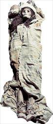 Οι τάφοι είναι βάρκες αναποδογυρισμένες  και θαμμένες στην άμμο.  Από κάθε βάρκα  «ξεφυτρώνει» ένας στύλος ύψους  τεσσάρων μέτρων- στο  σχήμα του αιδοίου  στους ανδρικούς τάφους και του φαλλού  στους  γυναικείους