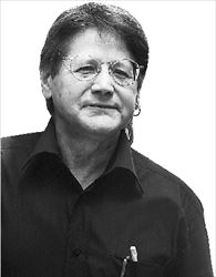 Ο γάλλος  μπεστσελερίστας Ντενί  Γκετζ («Το Θεώρημα  του  Παπαγάλου»)