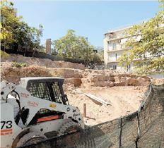 Τα μπάζα από τις κατεδαφίσεις κτιρίων στον  αρχαιολογικό χώρο του ναού της Αγροτέρας  Αρτέμιδος απομακρύνονται για να αρχίσουν  το πολύ σε έναν μήνα οι ανασκαφές