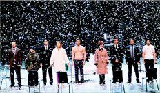 «Αγγελοι  στην Αµερική»:  o θίασος στο  «χιόνι»