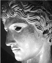 Οι Ρωµαίοι έφτιαχναν συχνά αντίγραφα  των πλέον αναγνωρισµένων ελληνικών  έργων τέχνης. Αυτή η προτοµή του νεαρού αθλητή βρέθηκε στο Ερκουλάνεουµ,  πόλη που θάφτηκε από τη λάβα του Βεζούβιου µαζί µε την Ποµπηία