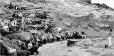 Φέτος αναµένεται να αρχίσουν και οι εργασίες στο Διονυσιακό Θέατρο της Αθήνας, το πρώτο θέατρο που έθεσε υπό  την προστασία του το Διάζωµα
