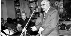 Κατάµεστο το θεατράκι  του «Gazarte» για τη βραδιά  ποίησης «Ενας Λόγος  παραπάνω»