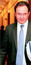 Tο νέο φορολογικό  νοµοσχέδιο έφερε προς  συζήτηση στο χθεσινό  Υπουργικό Συµβούλιο  ο υπουργός Οικονοµικών  Γιώργος Παπακωνσταντίνου  όπου και εγκρίθηκε και  αναµένεται να κατατεθεί  σήµερα στη Βουλή