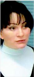ΝΑΤΑΛΙΑ  ΒΑΣΙΛΙΕΒΑ   Η υπάλληλος του  δικαστηρίου που  καταδίκασε τον  Χοντορκόφσκι είχε  καταγγείλει πως η  ετυµηγορία ήταν  «καθ' υπαγόρευσιν»  και χθες παραιτήθηκε  από τη θέση της